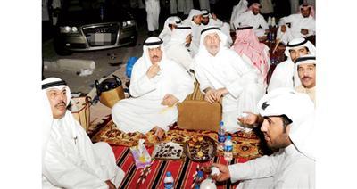 مسلم البراك وعباس الشعبي أمام قصر العدل