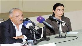د.غانم النجار ود.ابتهال الخطيب في محاضرة «البدون»
