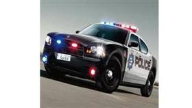 عريف ألقى القبض على مرافقه الشرطي لتعاطيه وبيعه المخدرات في الدورية
