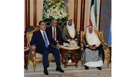 الأمير بحث ورئيس طاجيكستان تعزيز علاقات البلدين وتبادلا الأوسمة