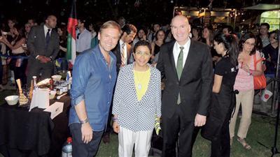 السفيرة ريم الخالد خلال مشاركتها في مهرجان ثقافي بالعاصمة التشيلية