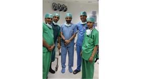 الكندري يتوسط فريقاً طبياً من الهند