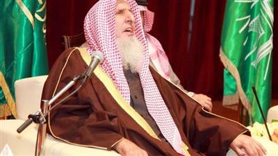 مفتي المملكة: لعن الله من خطط لحادثة مسجد القديح واعان عليه