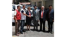 فيديو - سيارتان من «الهلال الكويتي» هدية للصليب الأحمر اللبناني