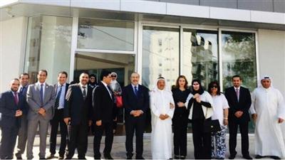السفير الوهيب ووفد الكويت خلال الزيارة