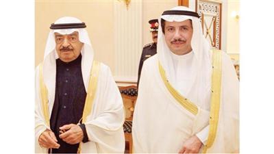 الأمير خليفة بن سلمان والسفير عزام الصباح