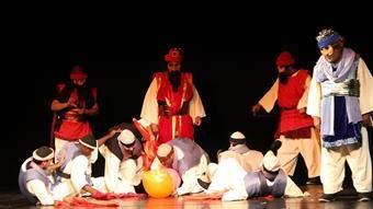 فرقة مسرح الشارقة الوطني تعرض مسرحية «نمرود» الشهيرة في إسبانيا