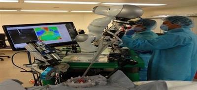 لأول مرة.. «روبوت» يجري عملية جراحية