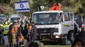 الاحتلال الإسرائيلي يستدعي 12 من عائلة منفذ «هجوم الشاحنة» تمهيدا لطردهم من القدس