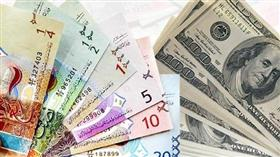 الدولار الأمريكي يستقر أمام الدينار عند 0.305 واليورو ينخفض الى 0.322