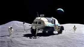 «ناسا» تبحث إنشاء «مستوطنة» من الروبوتات على القمر