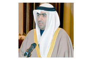 وزير التجارة والصناعة خالد الروضان