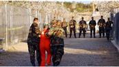 البيت الأبيض: لا نستبعد إطلاق سراح المزيد من سجناء غوانتانامو قبل مغادرة أوباما