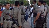 السلطات الإندونيسية تحتجز 17 مواطناً عائدين من سوريا