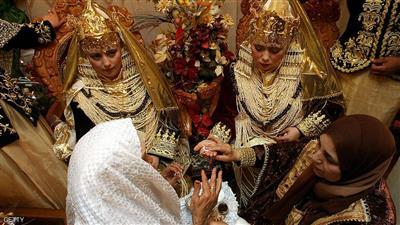 «الزوجة الثانية» بين القانون والدين يثير جدلا في الجزائر