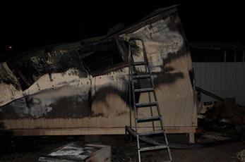 الإطفاء: تفحم آسيوي في حريق بمزرعة بالوفرة