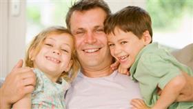 الإنجاب يزيد من متوسط عمر الزوجين