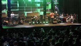 فرقة ميامي الكويتية تحيي الحفل الختامي لمهرجان الشباب الخليجي