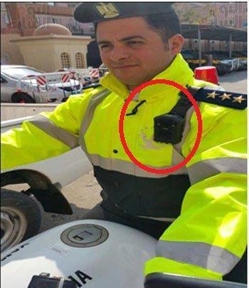 مصر: رجال المرور يتسلمون زيا بكاميرات مراقبة.. لرصد المخالفات والرشاوي والتجاوزات