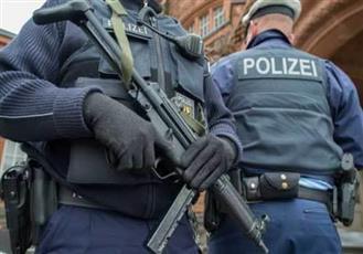 الشرطة الألمانية تلقي القبض على إسلامي بعد شرائه سلاح قوس