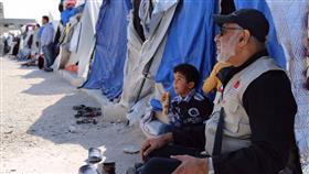 وليد السويلم: الرحمة العالمية سيرت 306 قافلة لإغاثة النازحين واللاجئين السوريين