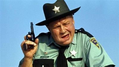 رحيل كليفتون جيمس.. الممثل الذي عمل في أفلام «جيمس بوند» عن عمر ناهز الـ 96 عاما