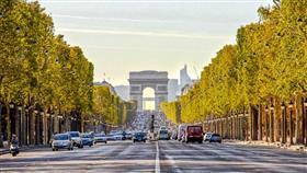 باريس: هجوم مسلح في الشانزيليزيه.. وداعش يتبنى