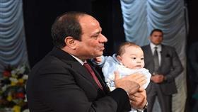 السيسي يسعى إلى تحديد النسل في مصر
