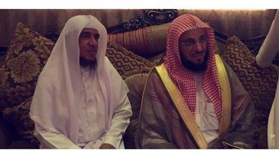 بالفيديو - سعودي يعفو عن قاتل ابنه لوجه الله.. و«القرني» يزوره ليشكره