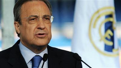 صحيفة إسبانية: رئيس ريال مدريد يستمع للعروض التي تلقاها رونالدو