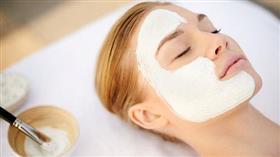 علاجات منزلية سريعة لبشرة أكثر نظافة