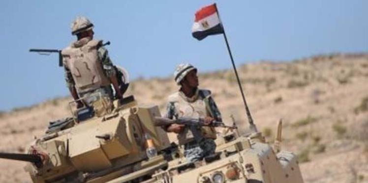 قتلى وجرحى من الجيش المصري في قصف طائرة مسيرة لموقع أمني بسيناء