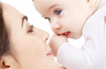 الرضاعة الطبيعية - تعبيرية