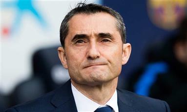 برشلونة يرفض هدية الريال ويسقط بالتعادل أمام فالنسيا