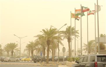 «الأرصاد»: طقس حار ورياح متقلبة إلى جنوبية شرقية خفيفة إلى معتدلة