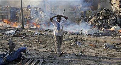 مقتل 16 شخصاً على الأقل في تفجيرات انتحارية بالصومال