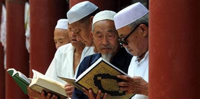 الصين تعترف بوجود معسكرات سرية لاعتقال المسلمين في إقليم «شينغيانغ»