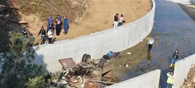 مصرع 15 مهاجرًا بينهم أطفال في حادث تحطم شاحنة بمدينة إزمير التركية