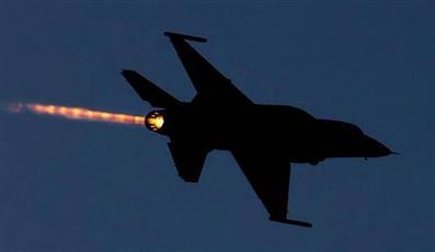 طيران الاحتلال يشن غارات على قطاع غزة فجرًا