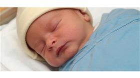 فرنسا تحقق في ولادة أطفال بدون أياد ولا أذرع