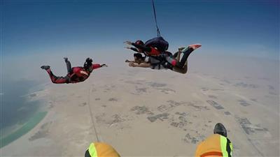 تدريب القفز المظلي الحر - تعبيرية