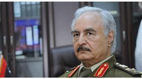 الاستخبارات الإيطالية: المشير خليفة حفتر سيشارك في مؤتمر باليرمو
