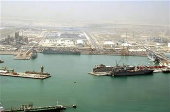 استئناف حركة الملاحة البحرية في ميناء الشعيبة.. بعد توقفه مؤقتًا