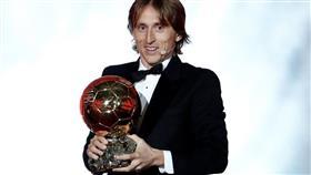 أمير البلقان لوكا مودريتش يحصد «الكرة الذهبية» لعام 2018