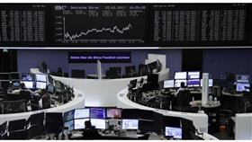الأسهم الأوروبية تهبط لأدنى مستوى في أسبوعين