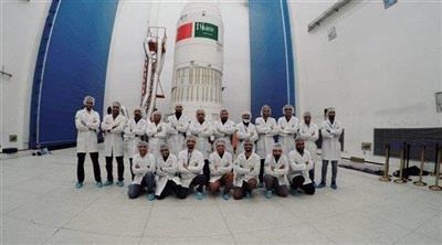 السعودية تطلق قمرين صناعيين بتصميم وتنفيذ سعودي إلى الفضاء