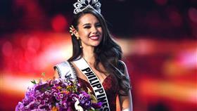 فلبينية تفوز بمسابقة ملكة جمال الكون
