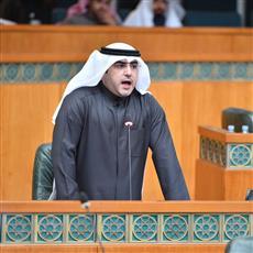 عبدالكريم الكندري يطالب بالتحقيق في محاولة انتحار أحد «البدون».. واستدعاء رئيس الوزراء والمسؤولين عن الملف