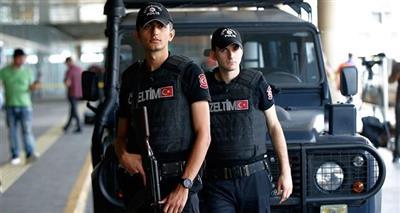 السلطات التركية توقف 3 مشتبهين خلال عملية أمنية في إسطنبول