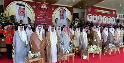 الأمير يشهد تخريج ضباط الشرطة